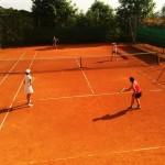 Mara und Renate holten im Doppel einen Sieg
