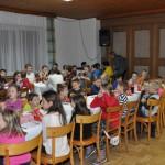 04 über 60 Kinder waren bei der Feier dabei