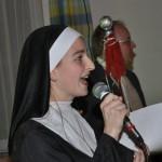 Moderatorin Schwester Simone