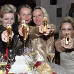 Die Damen mit den goldenen Colts