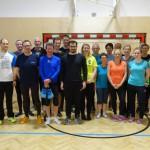 07 Coach Steffi mit den 20 Teilnehmern