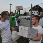 Pizzalieferung für die Fans